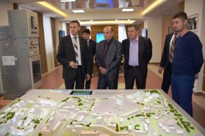Башкирские электросетевики демонстрируют гостям принцип работы Smart Grid